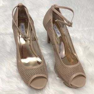 Jennifer Lopez blush ankle strap heels size 8.5